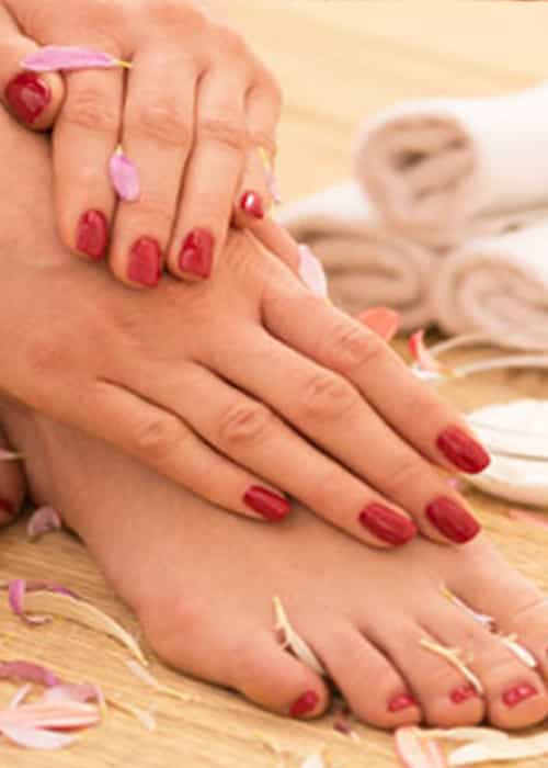 Manicure and Pedicure with Foot massage 20 mins