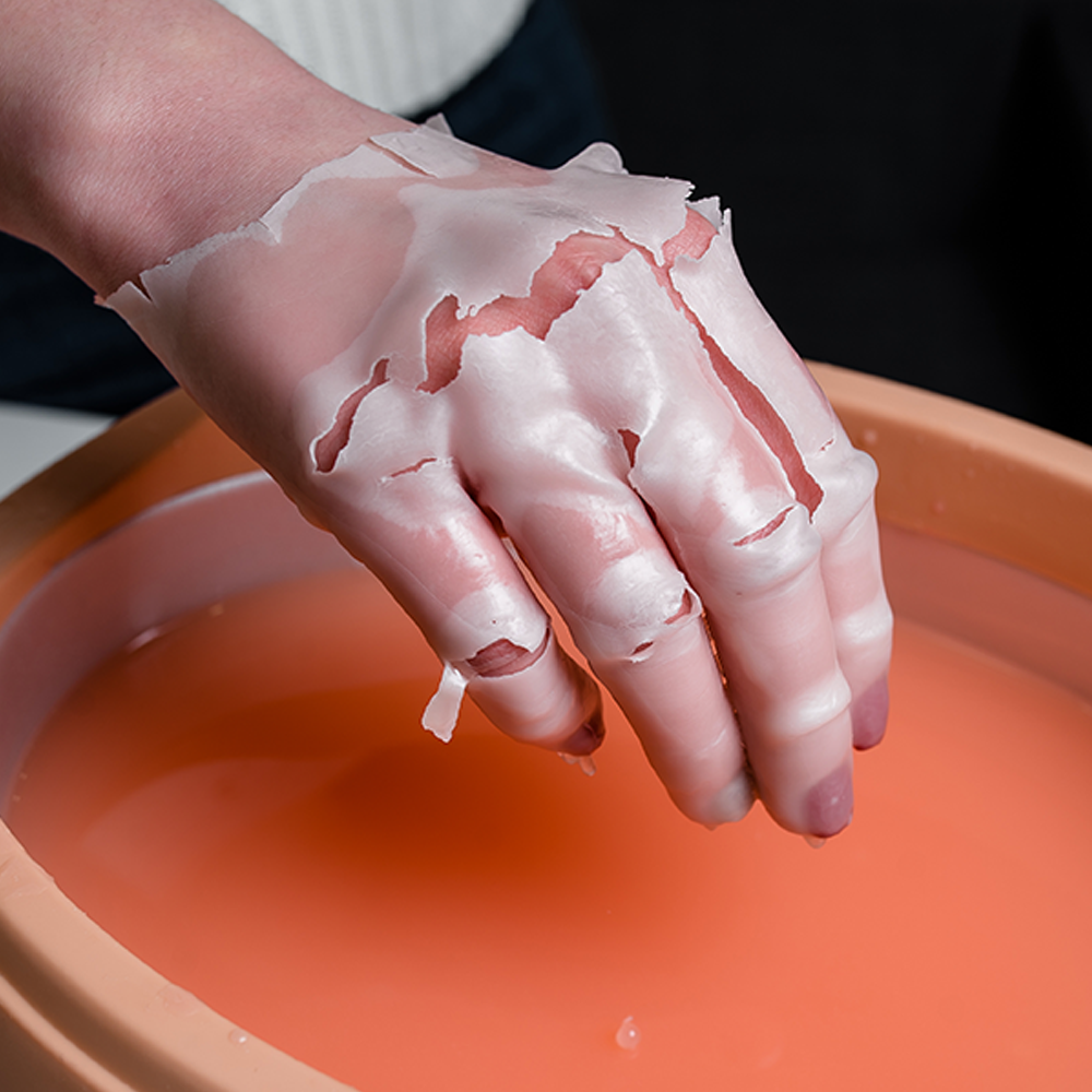 Paraffin treatment for hands